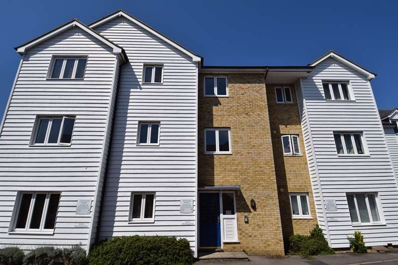 2 Bedrooms Flat for sale in Old Printworks Close, Whitstable
