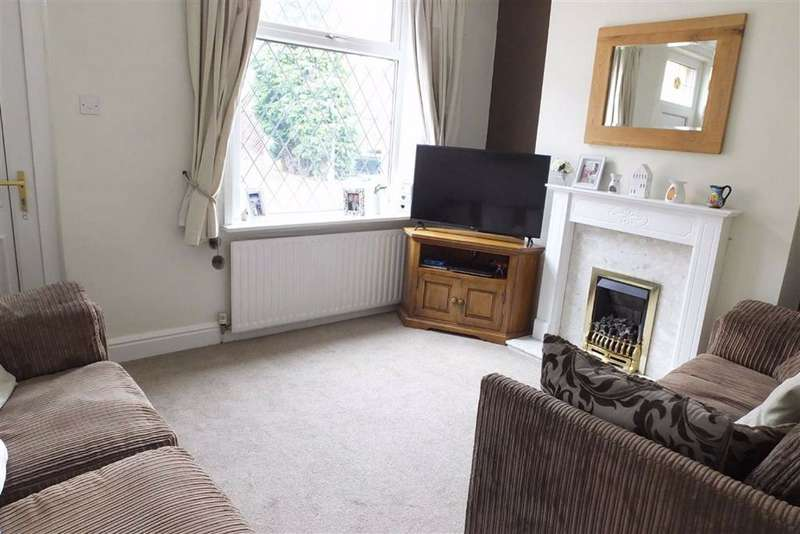 3 Bedrooms End Of Terrace House for sale in Edmondson Street, Barnoldswick, Lancashire, BB18