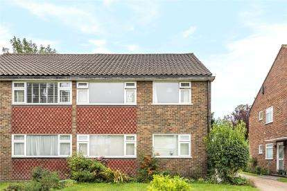 2 Bedrooms Maisonette Flat for sale in Derwent Court, 41 Cumberland Road, Bromley
