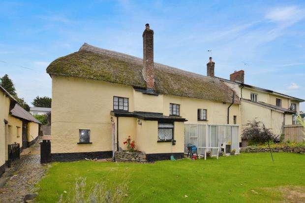 4 Bedrooms Semi Detached House for sale in Copplestone, Crediton, Devon