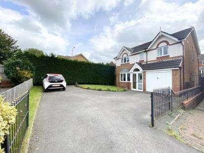 4 Bedrooms Detached House for sale in Hazel Road, Cypress Oaks, Stalybridge, Greater Manchester