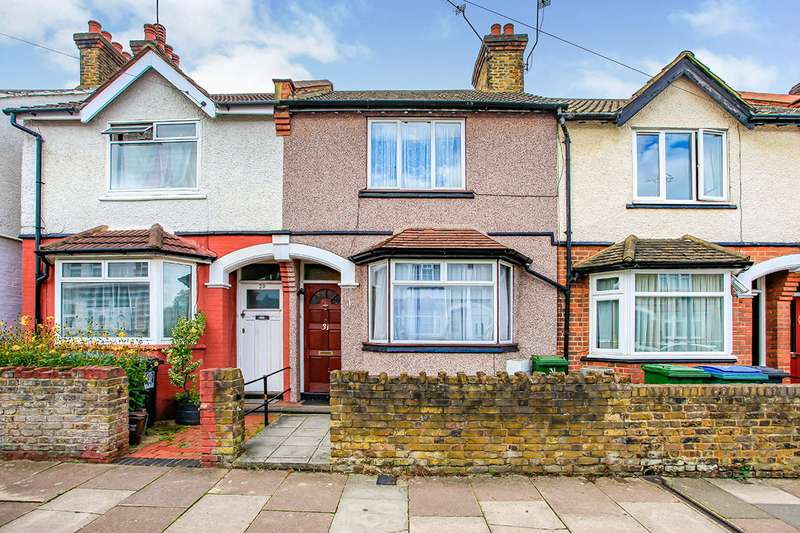 3 Bedrooms House for sale in Cassiobridge Road, Watford, Hertfordshire, WD18