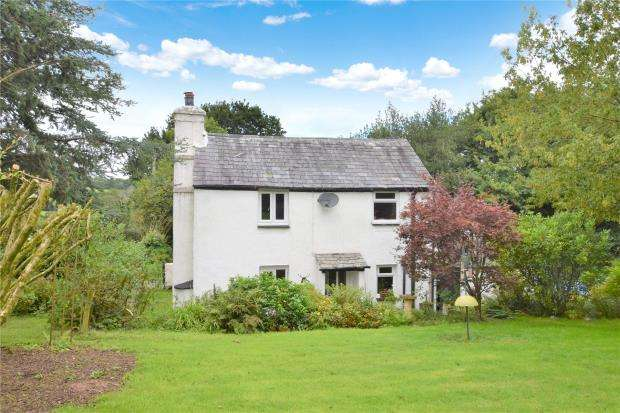 2 Bedrooms Detached House for sale in Higher Downgate, Callington, Cornwall