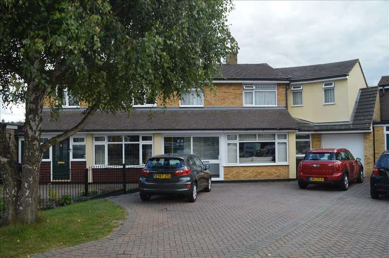 4 Bedrooms Semi Detached House for sale in Heathfield Road, Broomfield, Chelmsford