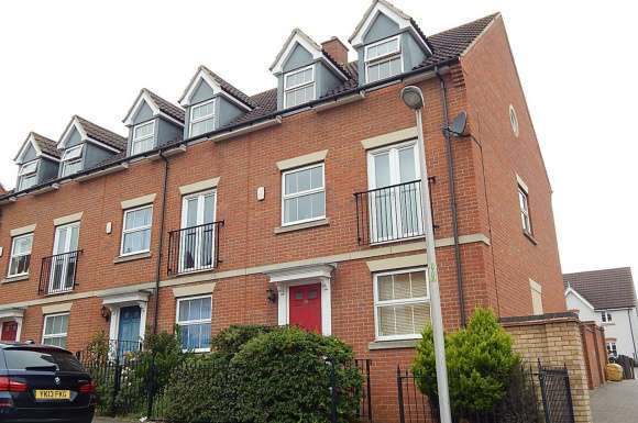 4 Bedrooms Property for sale in Rotary Gardens, Gillingham