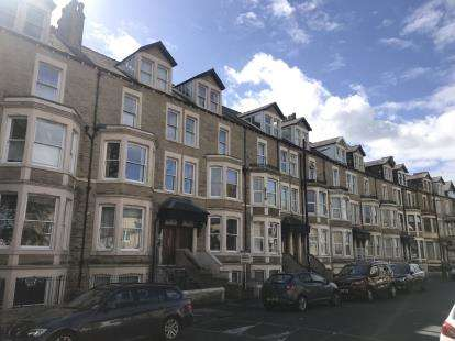 3 Bedrooms Flat for sale in West End Road, Morecambe, Lancashire, LA4