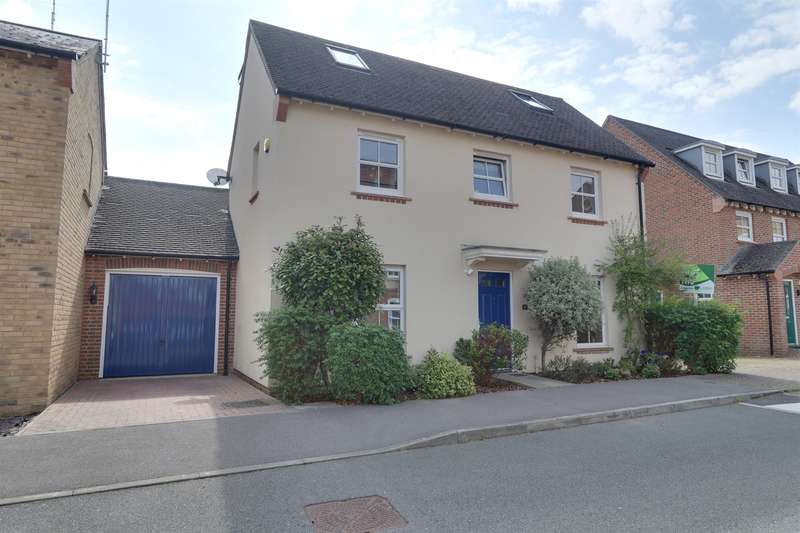 5 Bedrooms Detached House for sale in Avington Way, Sherfield-On-Loddon