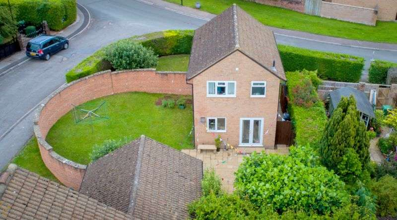 3 Bedrooms Property for sale in Maypole Green, Bream