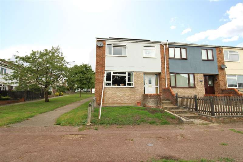 3 Bedrooms End Of Terrace House for sale in Ferdinand Walk, Greenstead, Colchester, CO4