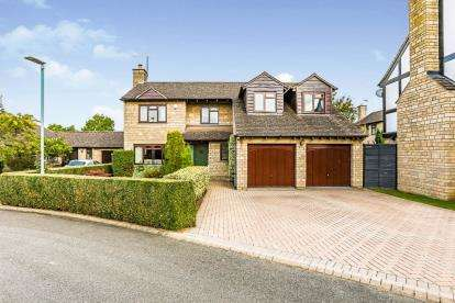 5 Bedrooms Detached House for sale in The Pines, Greet, Cheltenham, Gloucestershire