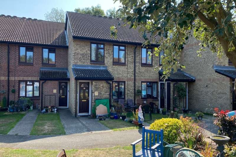 1 Bedroom Flat for sale in Church Court Grove, Broadstairs, CT10