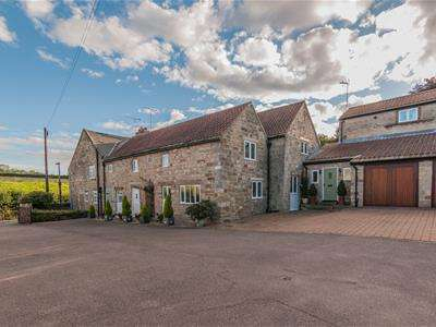 4 Bedrooms Barn Conversion Character Property for sale in Abbey Stone Barn, Main Street, Brookhouse