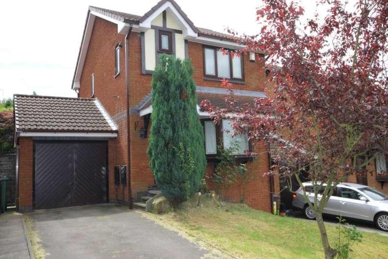 3 Bedrooms Detached House for rent in Heatherside, Stalybridge