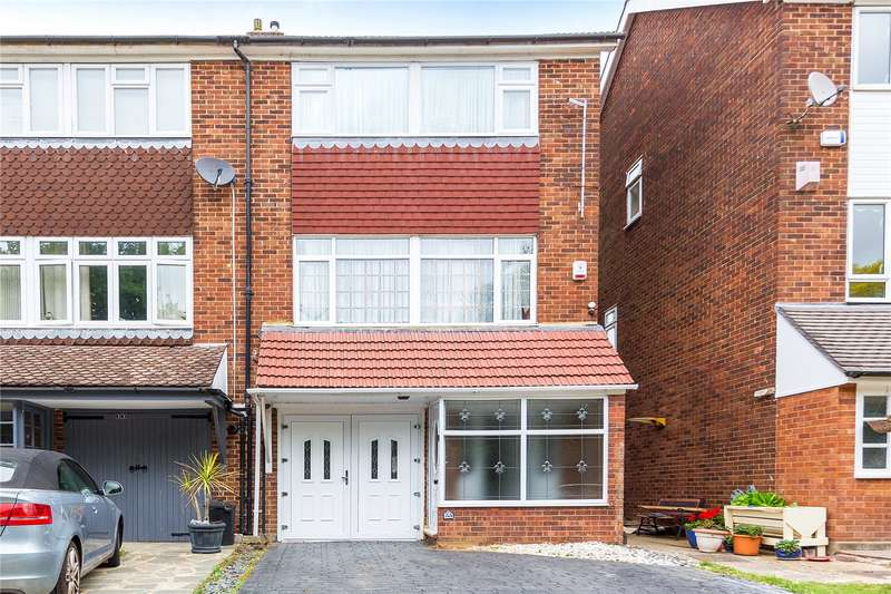 4 Bedrooms End Of Terrace House for sale in Copthorne Gardens, Hornchurch, RM11