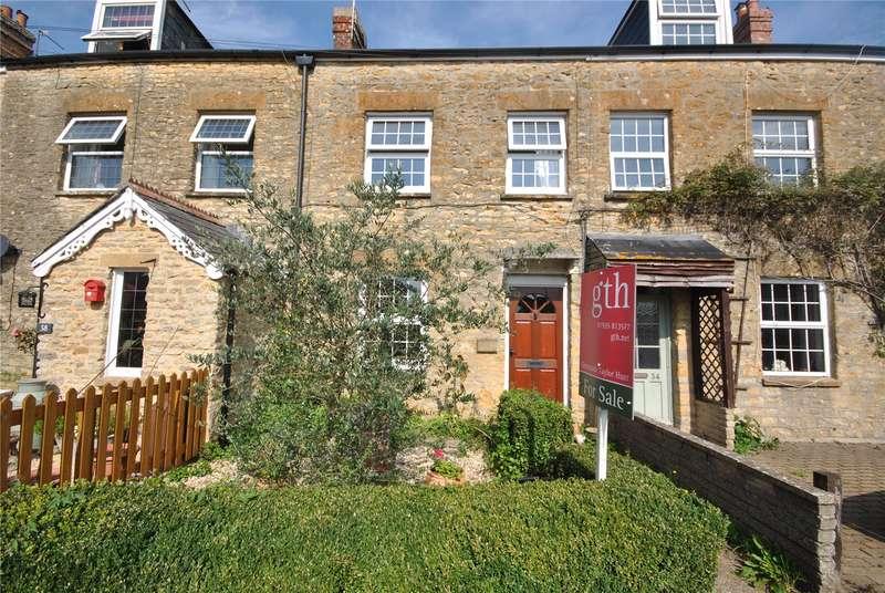 2 Bedrooms Terraced House for sale in Bauntons Orchard, Milborne Port, Sherborne, Somerset, DT9