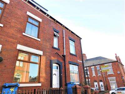 4 Bedrooms End Of Terrace House for sale in Brompton Street, Oldham
