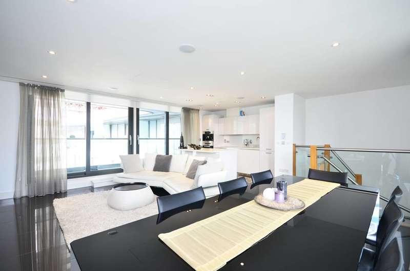 3 Bedrooms Flat for rent in Leman Street, Aldgate, E1
