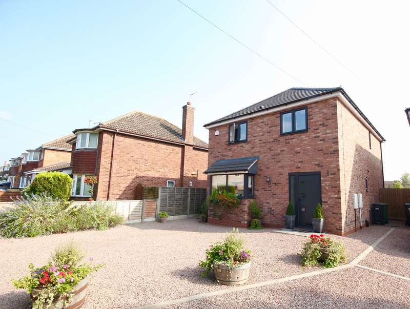 3 Bedrooms Detached House for sale in Arden Road, Barneshall, Worcester , WR5