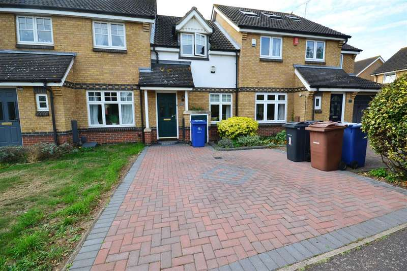 2 Bedrooms Terraced House for sale in Cole Avenue, Chadwell St.Mary