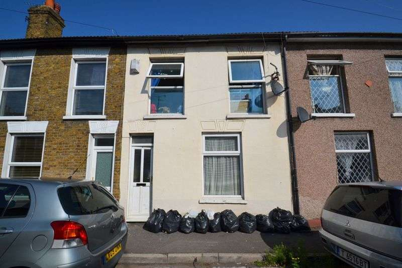 3 Bedrooms Property for sale in Alma Street, Sheerness