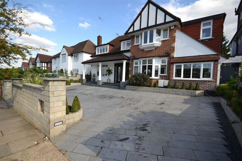 4 Bedrooms Detached House for sale in Sudbury Court Drive, Harrow