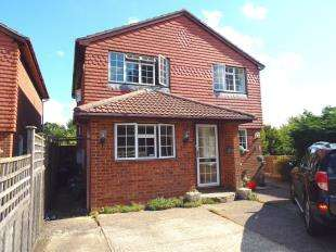4 Bedrooms Detached House for sale in Juniper Close, Biggin Hill, Westerham, Kent