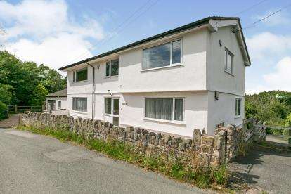 7 Bedrooms Detached House for sale in Downing Road, Whitford, Holywell, Flintshire, CH8