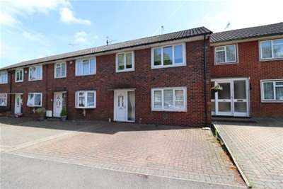 3 Bedrooms House for rent in Witchards, Kingswood