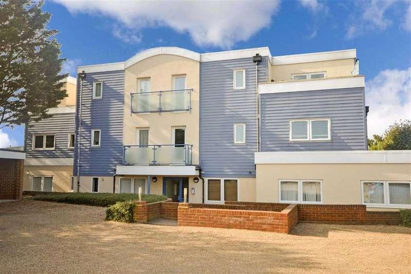 2 Bedrooms Flat for sale in Kingsgate Avenue, Broadstairs, Kent