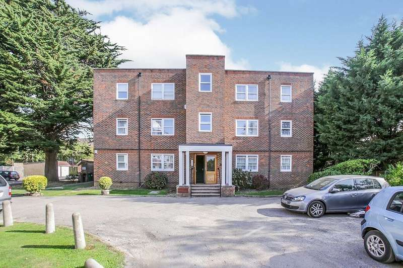 2 Bedrooms Flat for rent in London Road, Cheam, Sutton, SM3