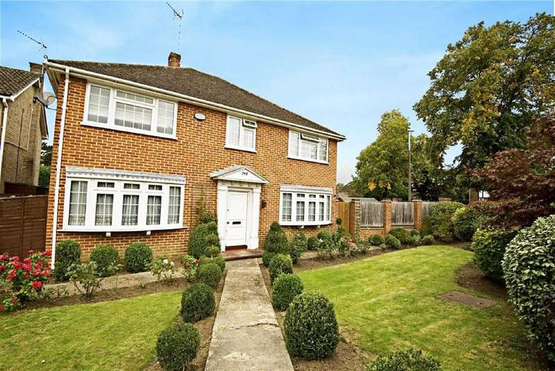 4 Bedrooms Detached House for sale in Darkes Lane, Potters Bar