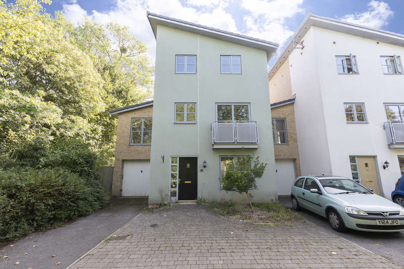 5 Bedrooms Detached House for sale in Pinewood Drive, Cheltenham GL51 0GH