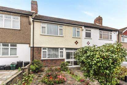 3 Bedrooms Terraced House for sale in Lloyds Way, Beckenham
