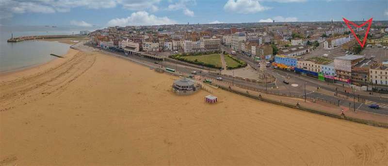 2 Bedrooms Flat for sale in 26 / 27 Marine Terrace, Margate, Kent