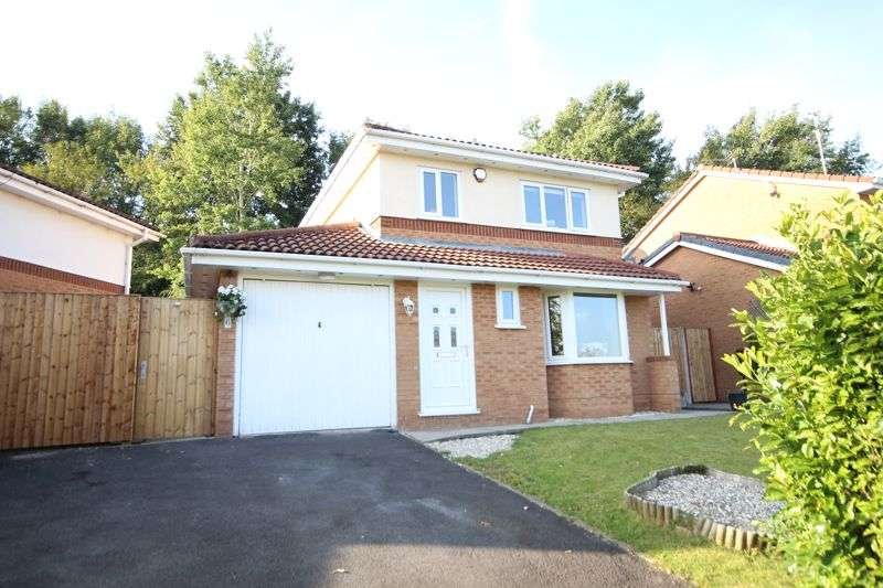 3 Bedrooms Property for sale in WILLOWMEAD WAY, Norden, Rochdale OL12 7PX