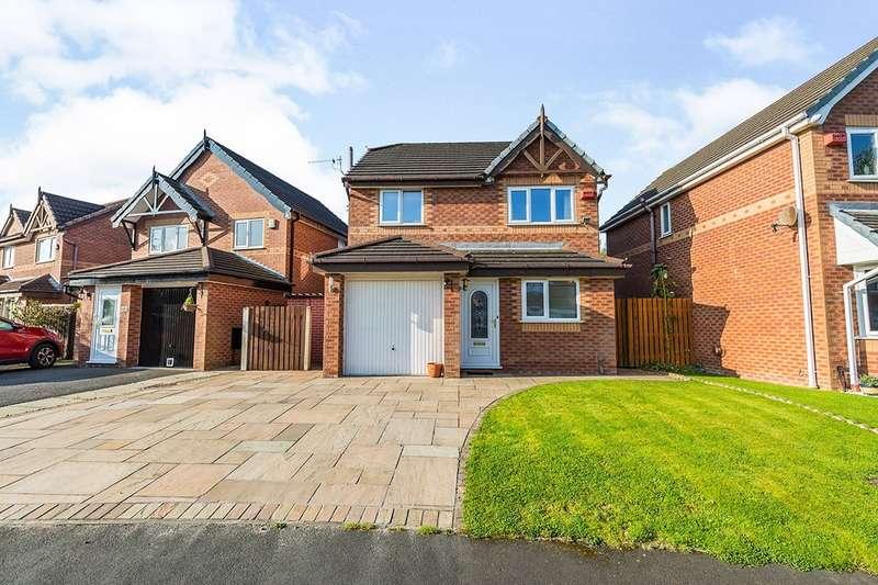 3 Bedrooms Detached House for sale in Fourfields, Bamber Bridge, Preston, PR5