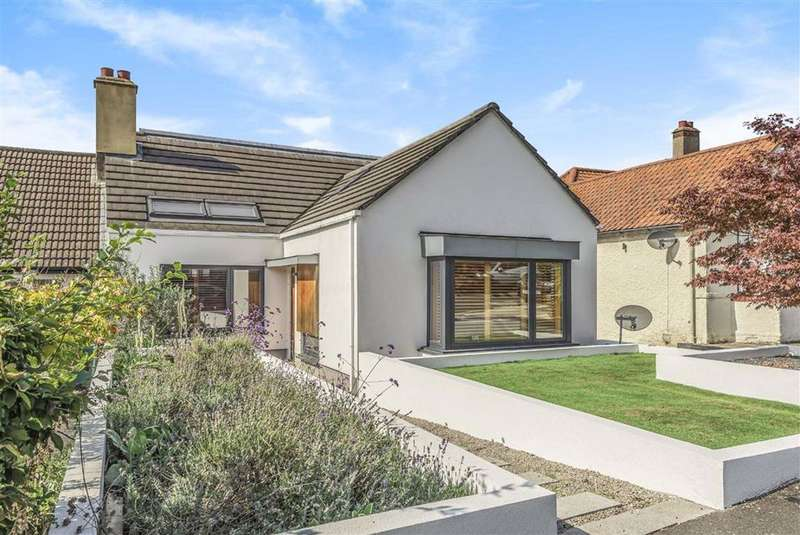 4 Bedrooms Semi Detached House for sale in Fitzjohn Avenue, Barnet, Hertfordshire