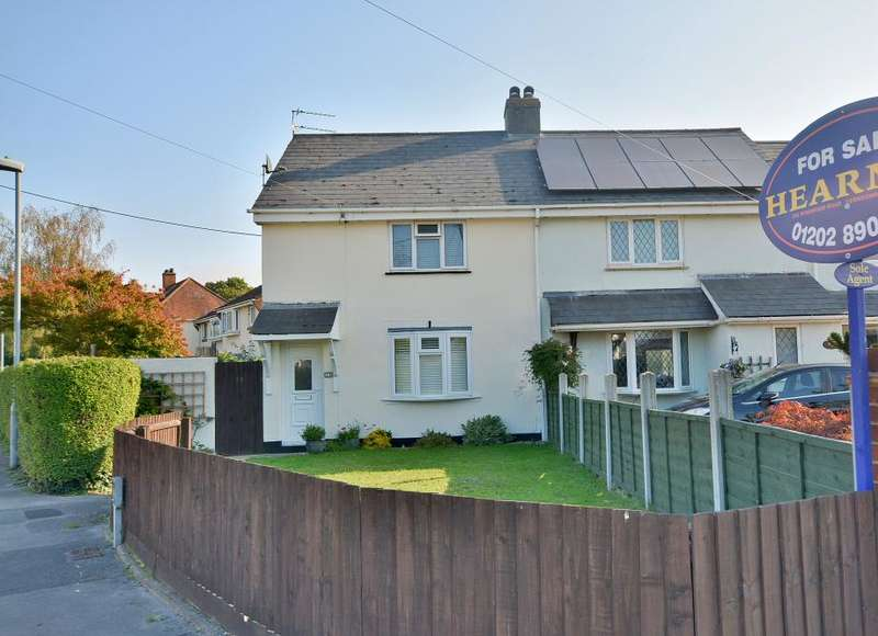 3 Bedrooms Detached House for sale in Glissons, Longham, Dorset BH22 9DX
