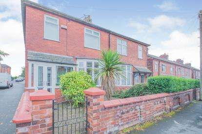3 Bedrooms Semi Detached House for sale in Algernon Road, Worsley, Manchester, Greater Manchester