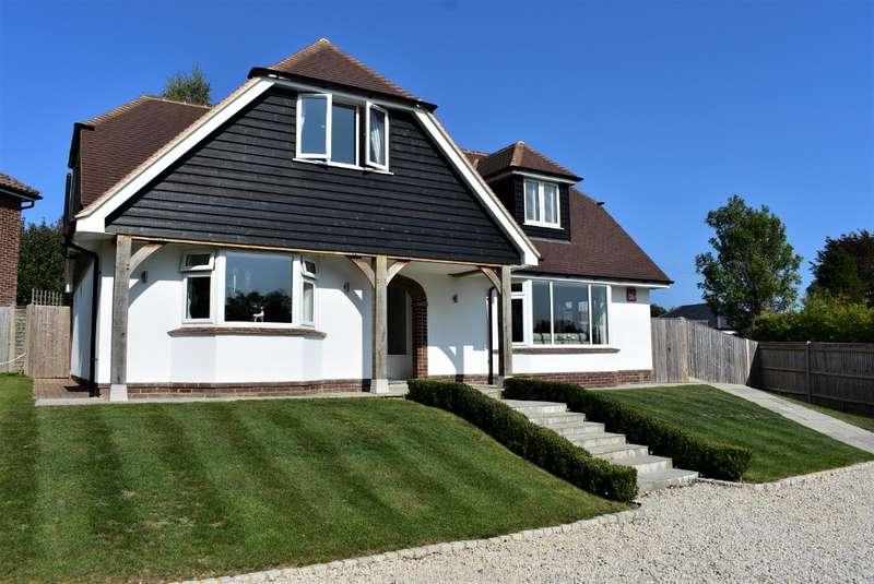 4 Bedrooms Detached House for sale in Uplands Road, Rowlands Castle, Havant, PO9 6BU
