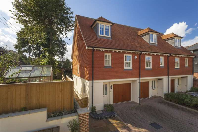 2 Bedrooms End Of Terrace House for sale in Goldings Wharf, Faversham