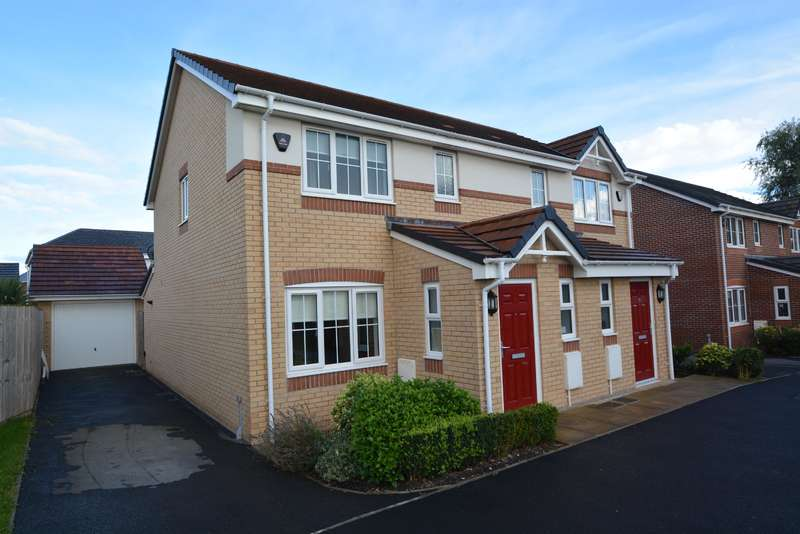 3 Bedrooms Semi Detached House for sale in Magnolia Way, Blackpool, FY4 5QA