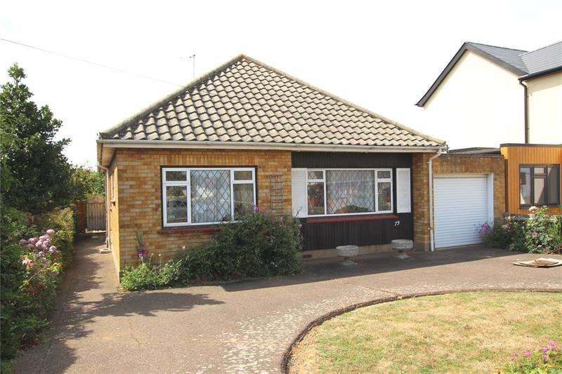 3 Bedrooms Bungalow for sale in Marcus Avenue, Thorpe Bay, Essex, SS1