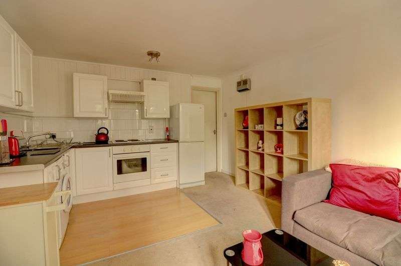1 Bedroom Property for sale in Tollgate Road, London