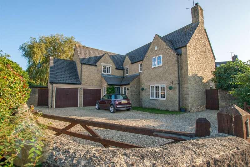 5 Bedrooms Detached House for sale in Beeches Lane, Dauntsey Lock, Chippenham