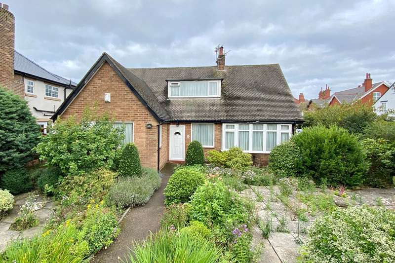 3 Bedrooms Detached Bungalow for sale in Osborne Road, Lytham St Annes, FY8