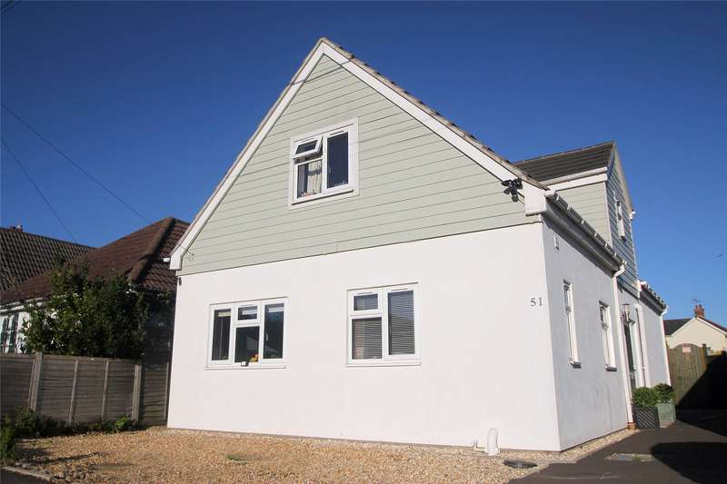 4 Bedrooms Detached House for sale in Addison Square, Ringwood, BH24