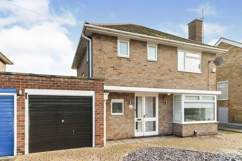 3 Bedrooms Link Detached House for sale in Matlock Drive, North Hykeham, Lincoln, Lincolnshire, LN6