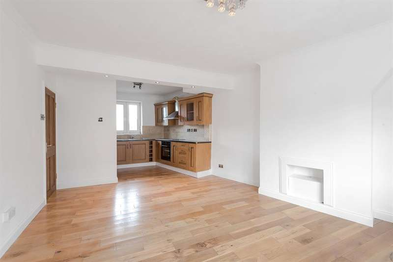 1 Bedroom Flat for sale in Longbridge Road, Dagenham, RM8 2DB