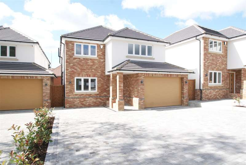 5 Bedrooms House for sale in Swale Road, Benfleet